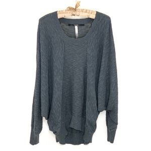 KENSIE   Gray Batwing Casual Knit Sweater